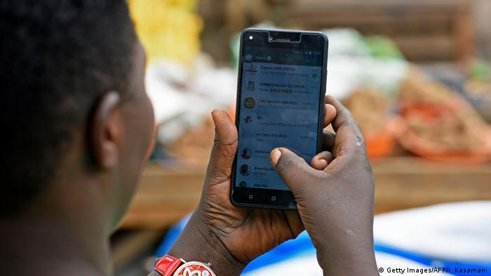 Les Tchadiens n'ont plus accès aux messageries comme Whatsapp