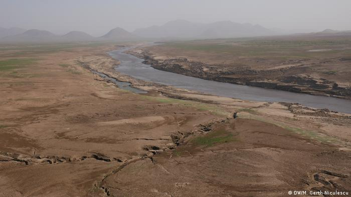 A view of the landscape where the reservoir for the Grand Ethiopian Dam will be built (DW/M. Gerth-Niculescu)