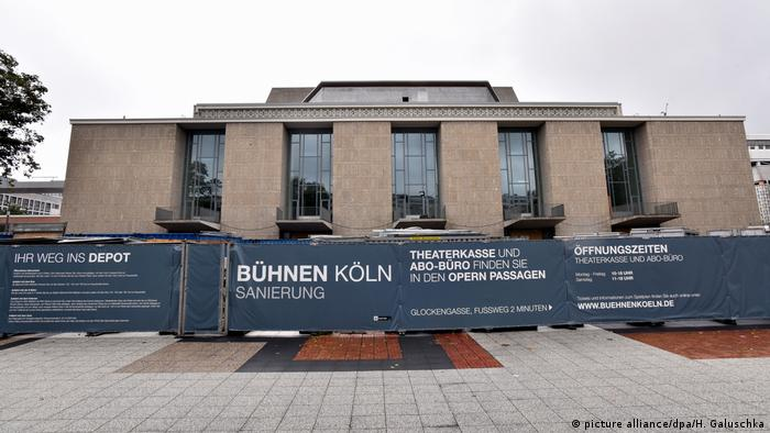 opera house cologne construction site