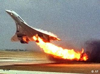 Concorde jet catches fire