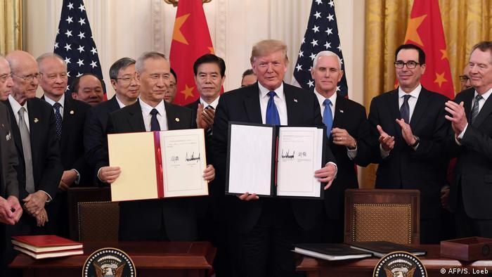 USA und China unterzeichnen in Handelsstreit Teilabkommen (AFP/S. Loeb)