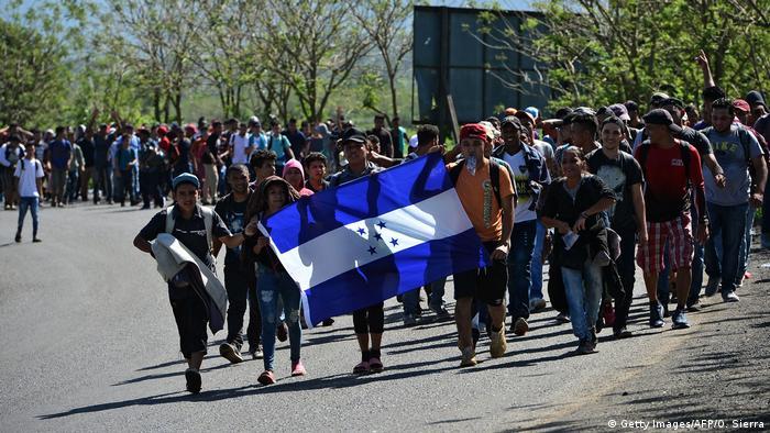 Resultado de imagen para Caravana de migrantes hondureños en Guatemala