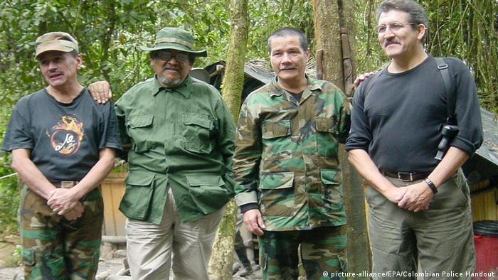 Foto de líderes del ELN que incluyen a Gabino y Pablo Beltran.