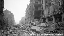 Zweiter Weltkrieg - Marszalkowska Straße in Warschau 1945