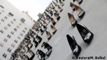 Türkei, Istanbul: Kunstinstallation von Vahit Tuna mit 440 Paar High Heels
