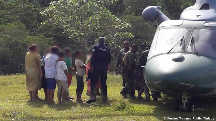 Foto de rescate de víctimas de secta en Ngäbe Buglé, Panamá