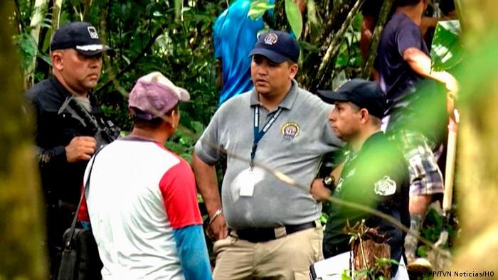 Foto de policías en Ngöbe-Buglé.