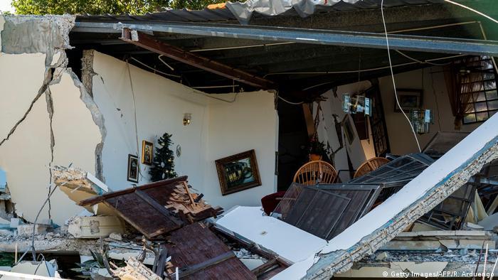 Puerto Rico nach dem Erdbeben (Getty Images/AFP/R. Arduengo)