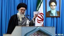 Iran | Khameneie in Freitagsgebet