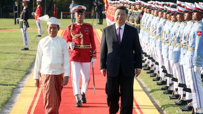 Mynmar   Xi Jinping mit Win Myint