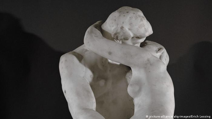 Rodin's The Kiss sculpture (picture-alliance/akg-images/Erich Lessing)