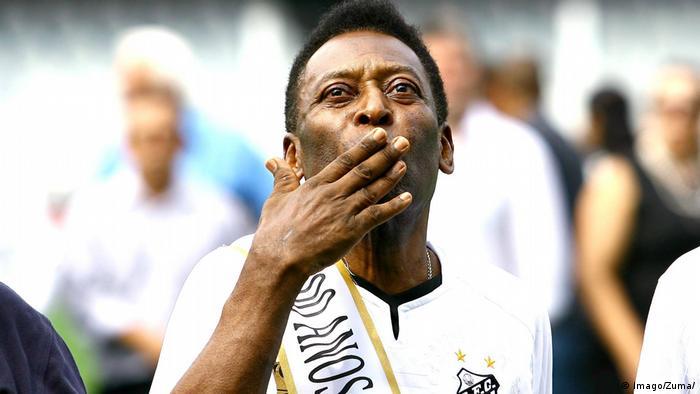 Pelé em 2012, no aniversário de 100 anos do Santos