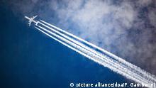 Kondensstreifen - Flugscham - Flugzeug