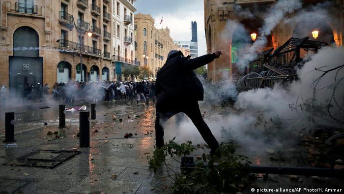 Protestors in Beirut