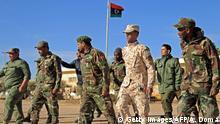 Libyen Konflikt l dem libyschen General Khalifa Haftar treue Kämpfer