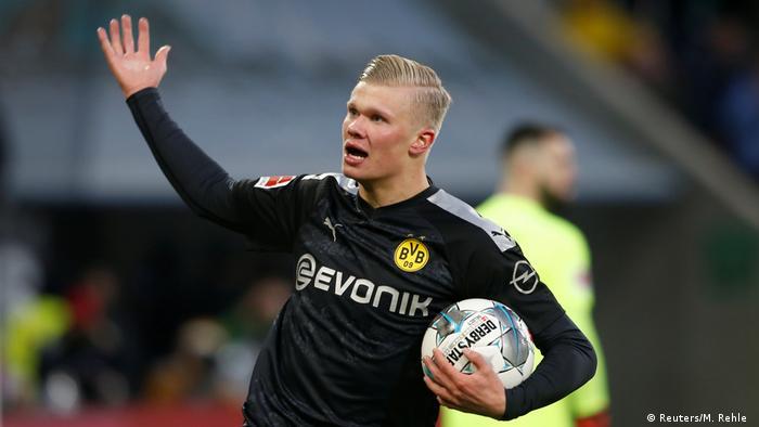 Bundesliga Erling Haaland Is Borussia Dortmund S Hat Trick Hero Sports German Football And Major International Sports News Dw 18 01 2020