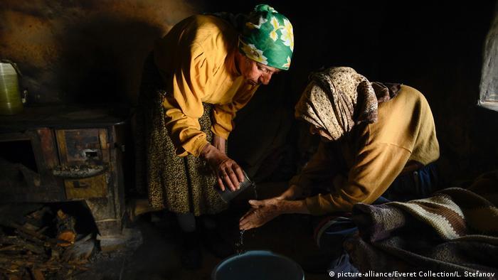 Hatidze and her bedridden mother in the film Honeyland |
