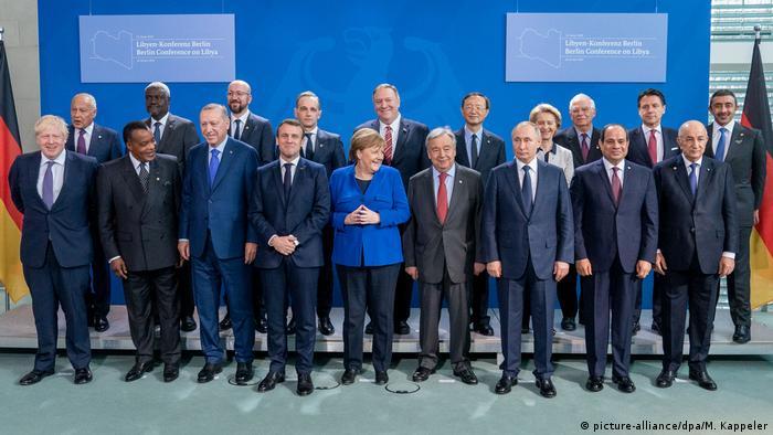 Almanya'nın başkenti Berlin'de düzenlenen Libya Konferansı grup fotoğrafı (19.01.2020)