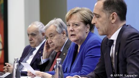 Διάσκεψη Βερολίνου:  Αλ Σαράτζ και Χάφταρ δεν ήταν στην αίθουσα της διάσκεψης