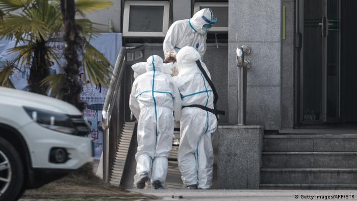 China, Wuhan: Patienten mit SARS-ähnlichen Virus infiziert (Getty Images/AFP/STR)