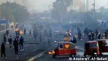 Iraqi demonstrators use tuc-tuc during ongoing anti-government protests in Baghdad, Iraq January 20, 2020. REUTERS/Thaier al-SudanI
