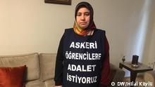 Türkei Ankara Melek Cetinkaya protestiert für ihren Sohn