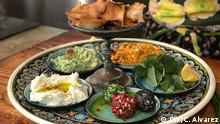 DW Sendung Con sabor y saber | Versch. Käseaufstrich, selbstgemachte labnah