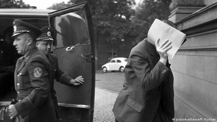 Heinz Felfe se vodi na suđenje