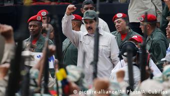 Με τη στήριξη του στρατού ο Νικολάς Μαδούρο επέζησε πολιτικά