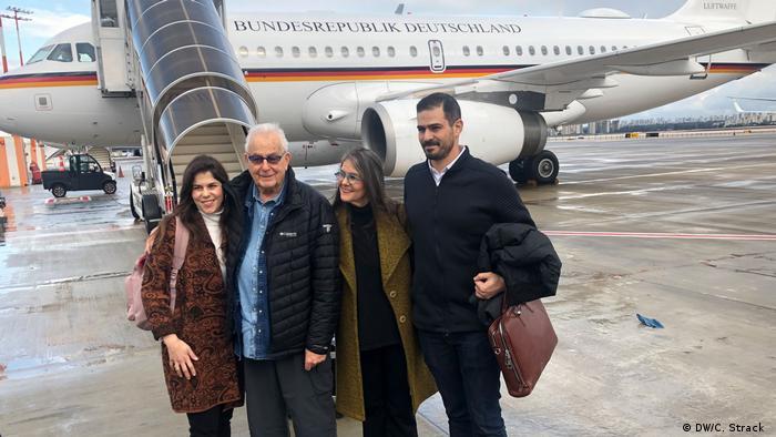 Naftali Fürst with his daughter and two grandchildren