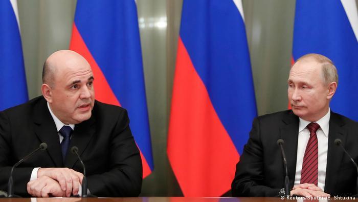 Russischer Regierungschef Mischustin und Präsident Putin