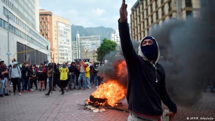 Protests against Duque in Colombia (AFP/R. Arboleda)