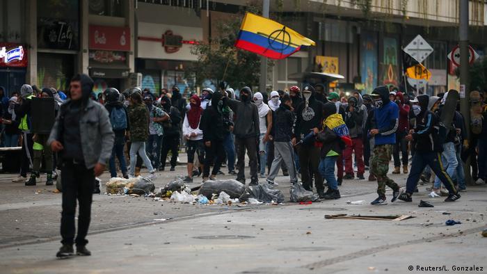 Protestas colombianas contra Duque el 21 de enero en Bogotá (Reuters / L. González)