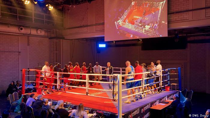 Wenn die Theaterbühne zum Boxring wird