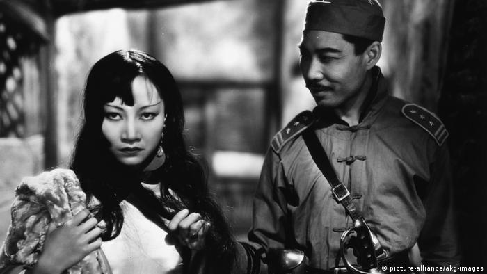 Anna May Wong Hu Fei in Shanghai-Express.