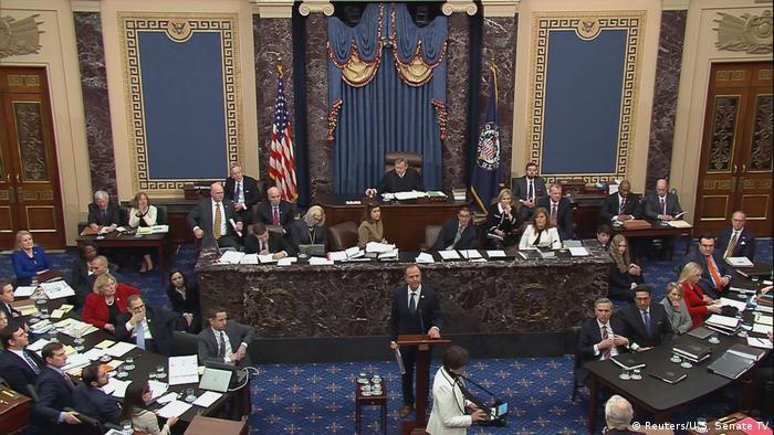 Голова команди менеджерів імпічменту Дональда Трампа Адам Шифф під час виступу в Сенаті США
