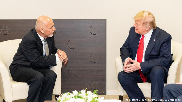 Afghan President Ghani and his US counterpart Trump in Davos