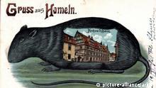 ***Archivbild*** Ratten Hameln, Blick auf das Hochzeitshaus, Mäusefängerstadt   Verwendung weltweit
