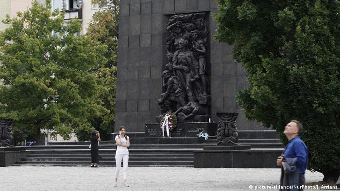 Polen Skulptur The Warsaw Ghetto Uprising in Warschau