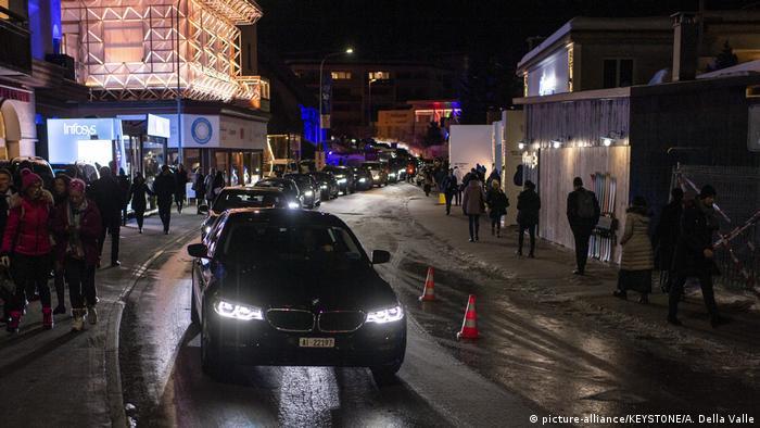Promenade, a principal rua de Davos, na Suíça, durante o Fórum Econômico Mundial de 2020