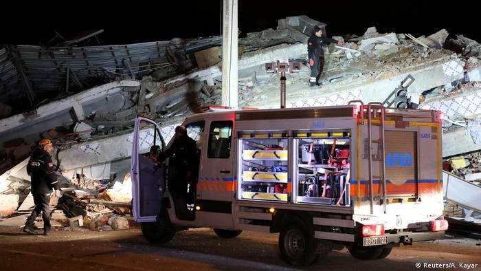 Türkei Erdbeben in Elazig (Reuters/A. Kayar)