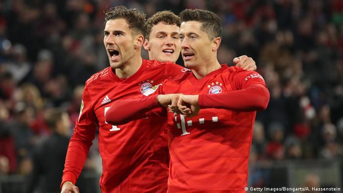 Fussball 1. Bundesliga 19.Spieltag l Bayern München v Schalke 04 l 1:0 Jubel