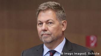 Alman askeri istihbarat servisi MAD Başkanı Christof Gramm