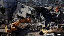 Türkei | Bergungsarbeiten nach dem Erdbeben in Elazig