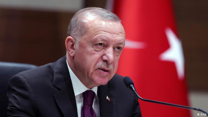 Erdoğan: Ülkemize yeni pişmanlıklar yaşatmamakta kararlıyız | TÜRKİYE | DW | 09.11.2020