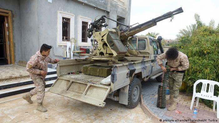 Бійці міжнародно визнаного уряду Лівії