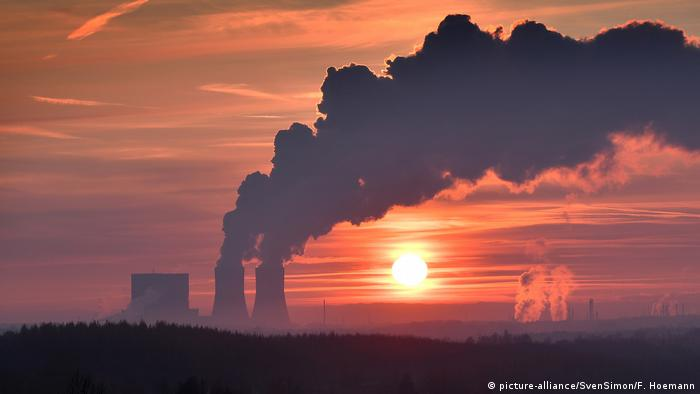 Image of a coal plant in eastern Germany