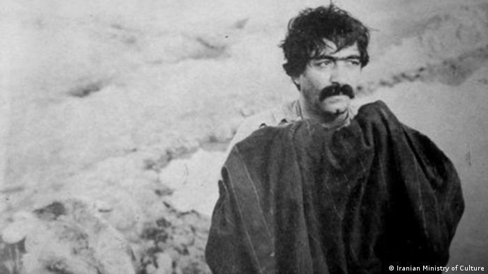 A film still of Ezzatolah Entezami in the 1969 masterpiece Gaav