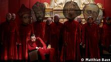 Probenfotos mit Adam Palka als Boris Godunow