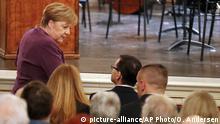 Deutschland Berlin | 75. Jahrestag Befreiung Vernichtungslager Auschwitz | Merkel & Morawiecki
